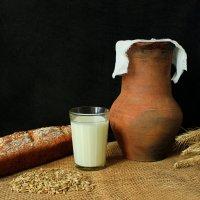 Хлеб с молоком. :: Сергей