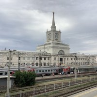 Волгоград, железнодорожный вокзал :: Виолетта Антипова
