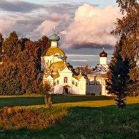Церковь Тихвинской Божей матери :: Сергей Кочнев