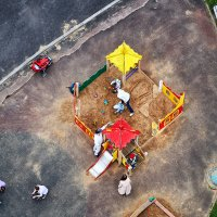 Детская площадка 2 :: Valeriy(Валерий) Сергиенко
