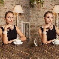 Девушка в кафе :: Александра К