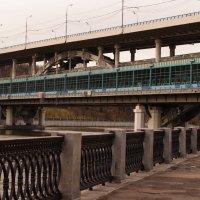 метро мост :: Sergey Samoylov