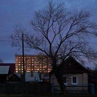 Солнце в окнах :: Алексей Golovchenko