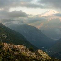 Вечер в горах :: Юрий Шевченко