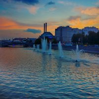 фонтаны вечером :: Александр Шурпаков