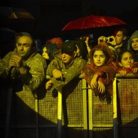 Красный зонт :: Viktor Kort
