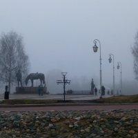 Город погружается в туман :: Татьяна Копосова