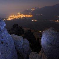Алуштинская долина. Ночь :: Михаил Баевский
