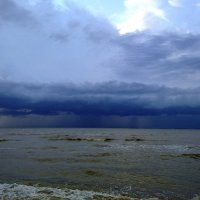 Дождь приближается :: Yuri Gruzdev