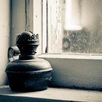 у окна :: Ксения Соловьева