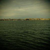 Сиракуза с моря :: Witalij Loewin