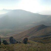 здесь призрачны и камни, и холмы... :: viton