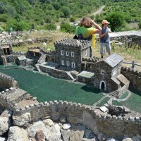 Макет крепости Фуна на плато Демерджи в Крыму :: Борис Русаков