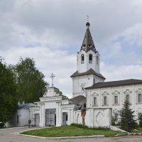 Смоленск. Варваринская церковь. :: Анатолий Сидоренков