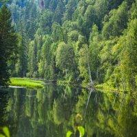 Озеро в горах :: юрий Амосов