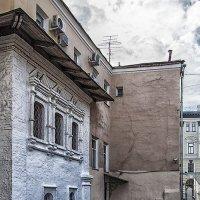 Московские дворики. Брюсов пер. :: Александр Шмалёв