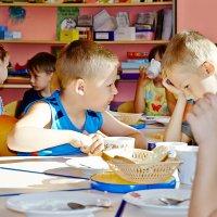 Мужской разговор в детском саду :: Vitali Belyaev