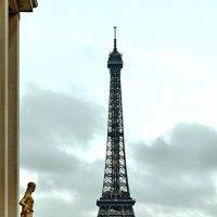 Париж. Вид на Эльфееву башню с площади Трокадеро. :: Михаил Малец