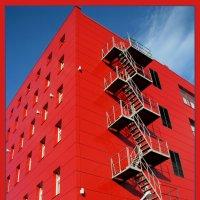 А 13 дом мы сделаем красным! :: Ольга Маркова