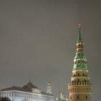 Москва. Вечер. Кремль. Водовзводная башня :: Минихан Сафин