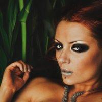 RedHead Paradise :: Irina Dibrova