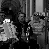 Уличные музыканты. Падуя. :: ФотоЛюбка *