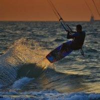 закатный кайтсёрфинг.. :: Павел Баз