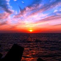 Закат на Средиземном море :: Igor P