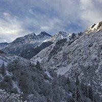 Высоко высоко в горах, где летают орлы...... :: Alex Boo