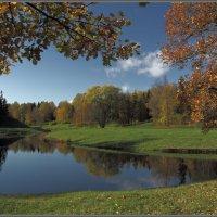 Осень в Павловском парке - 2 :: Владимир Иванов