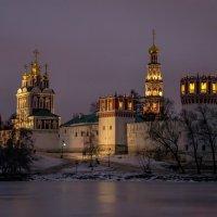 Новоде́вичий Богородице-Смоленский монасты́рь :: Сергей Басов
