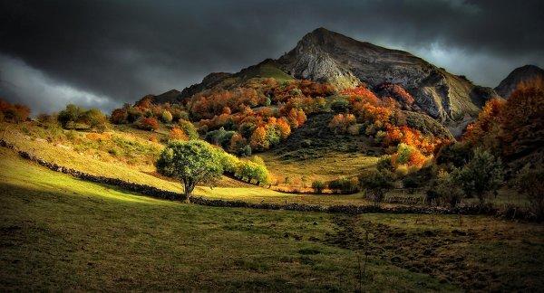 Места, где осенние пейзажи особенно красивы