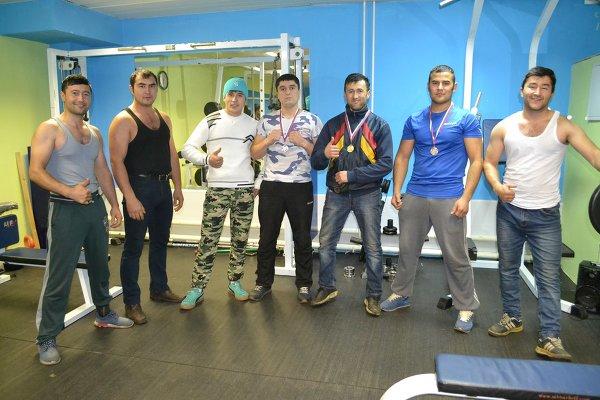 Соревнования по русскому жиму