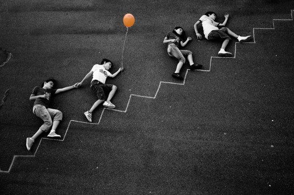 """Nicolino Sapio, """"The orange balloon"""""""