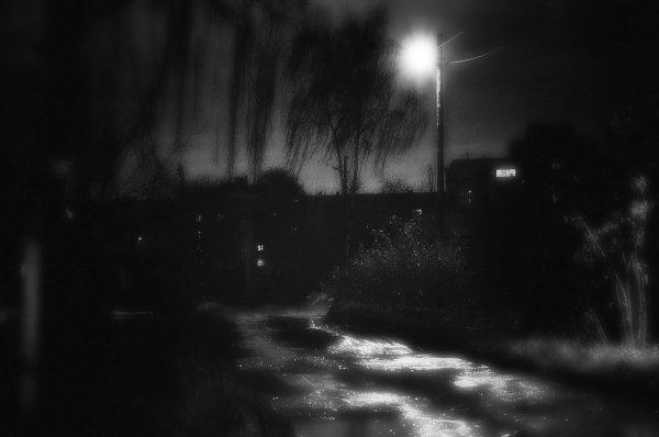 sergo kla - Вечер, лужи покрыл лёд, ветренно и холодно