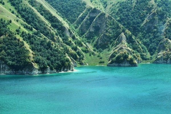 захватывающие места планеты - Озеро Кезеной-ам, Чеченская Республика, Россия