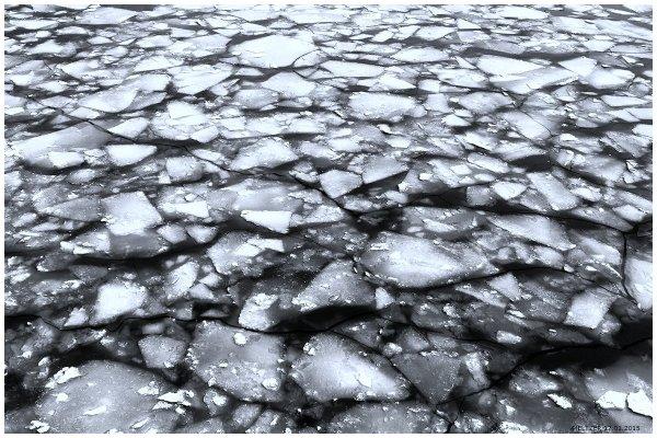 meltzer - Лёд на реке (http://fotokto.ru/id38247)