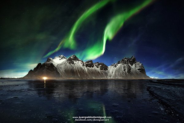 Живописный пейзаж с северным сиянием