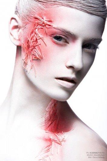 White&Red. Автор: Никита Кобрин