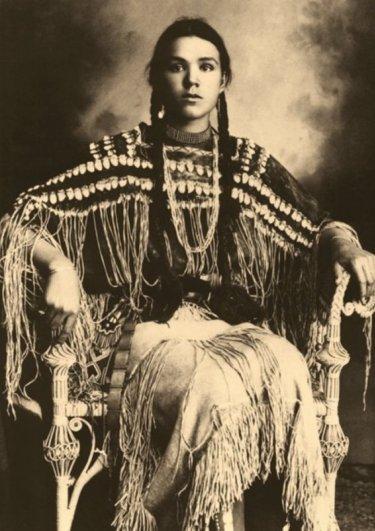Индианка из племени Шайеннов, Оклахома, 1890-1904 гг.