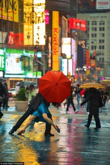 Michael_Jagger_Evita_Arce_Times_Square