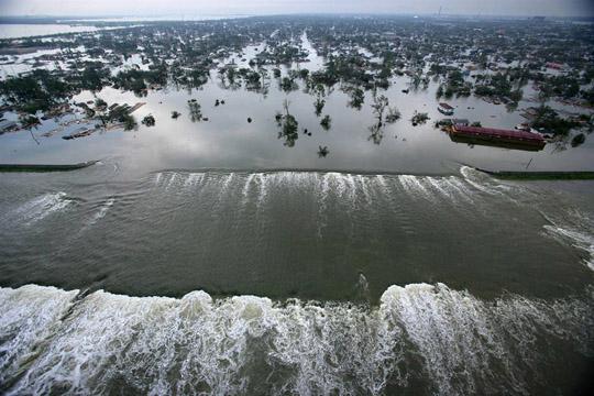 фото тайфуна и урагана 10