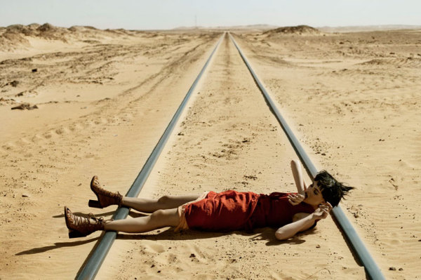 Самый необычный fashion-фотограф современности Eugenio Recuenco - №18