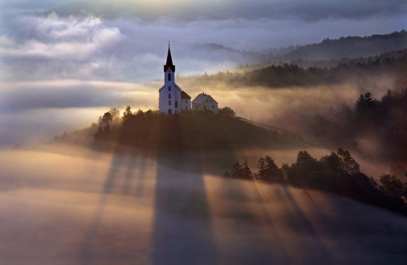 Сказочные фотопейзажи аэрофотографа Матяжа Катера - №4