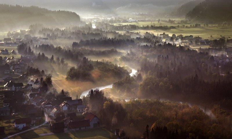 Сказочные фотопейзажи аэрофотографа Матяжа Катера - №19