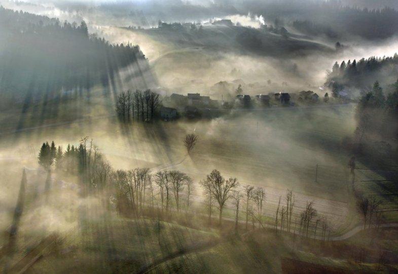Сказочные фотопейзажи аэрофотографа Матяжа Катера - №26