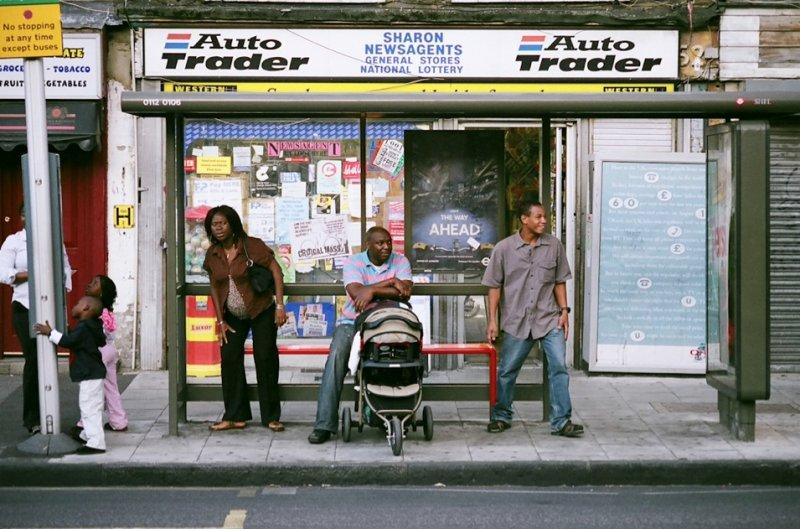 Автобусные остановки фотографа Richard Hooker - №1