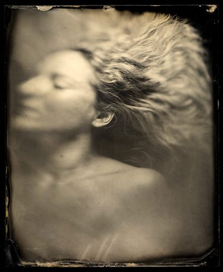 Амбротипия. Удивительные фотографии Миши Бурлацкого. - №21