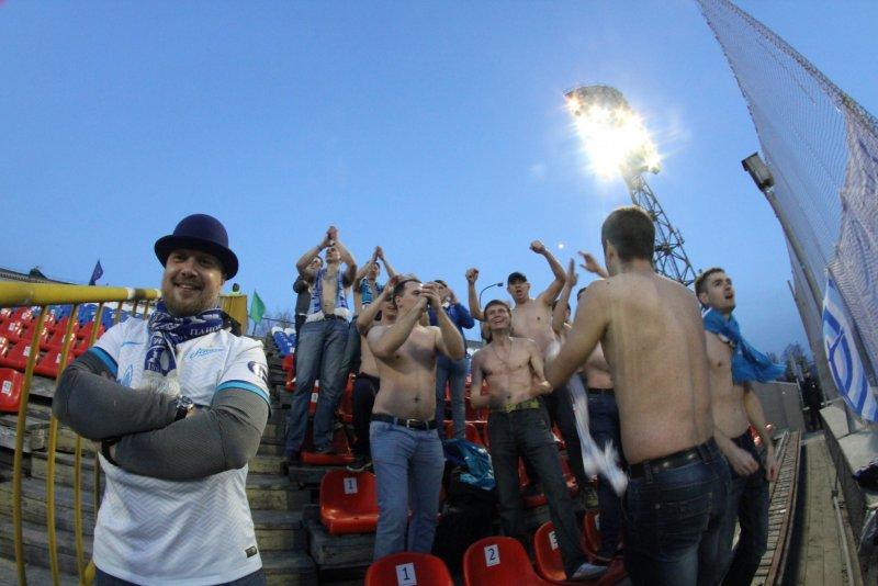 Фанаты Зенита-2 в Новосибирске