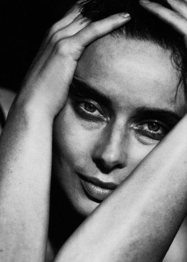 Красота в портретах Петера Линдберга - №31